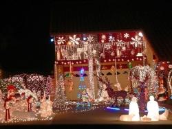 EAST COUNTY NEIGHBORHOODS LIGHT UP NIGHT WITH CHRISTMAS LIGHTS ...